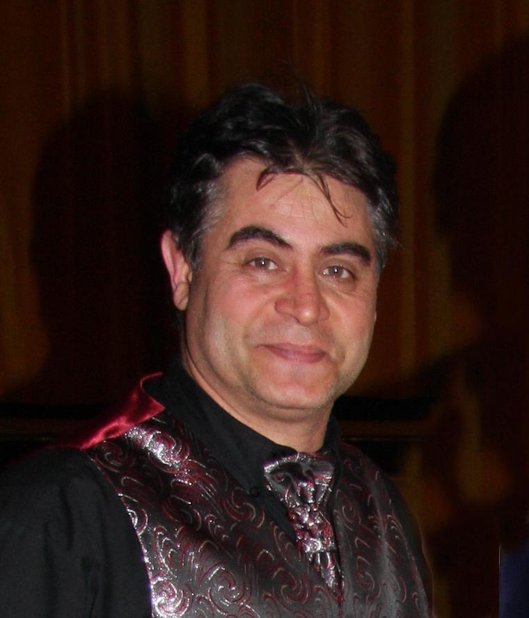 Mentalist Hamid Mostofi